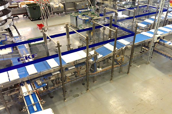 Process and packaging utilising robotic automation